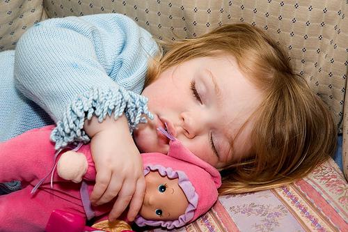 Как обеспечить малышу здоровый сон