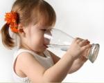 Напитки для ребенка - польза и вред