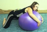 Упражнения на мяче для будущих мам - отличное средство подготовки к родам