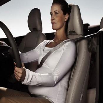 Езда в автомобиле во время беременности