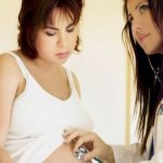 Каких врачей нужно посещать во время беременности